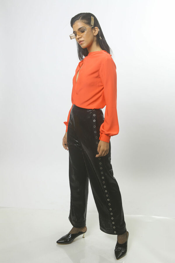 Vermillon and black shirt with pants